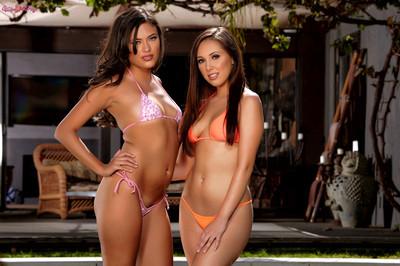 Jenna Sativa and Maya Grand